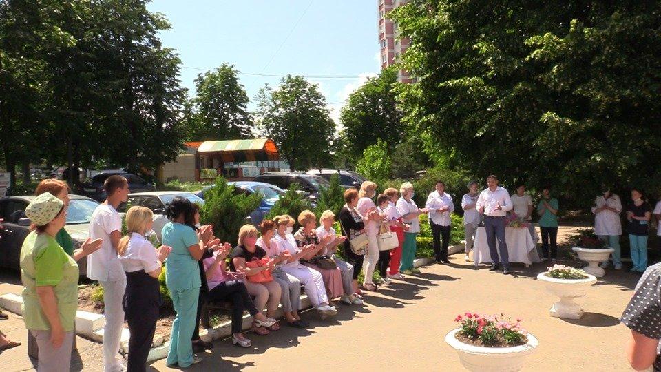 В Черноморскую больницу привезли новые аппараты ИВЛ (видео), фото-4