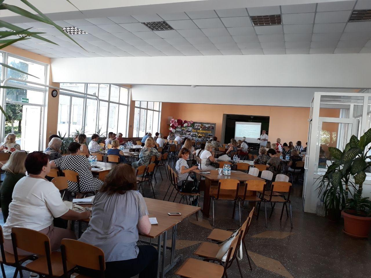 Дистанционное обучение: в анонимном опросе участвовали 400 преподавателей черноморских школ, фото-1