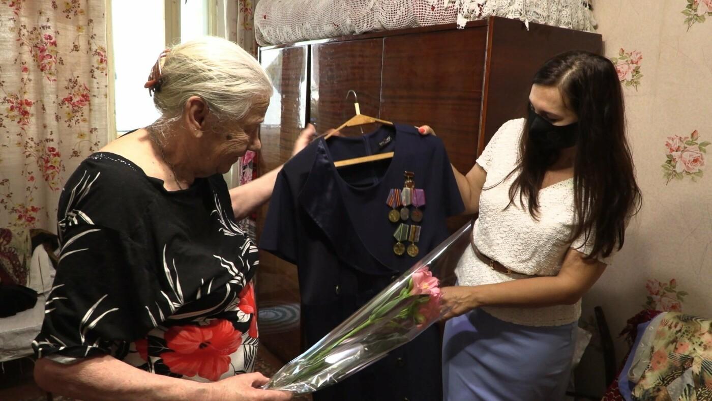 Ветераны Черноморска отмечены нагрудными знаками (видео), фото-1