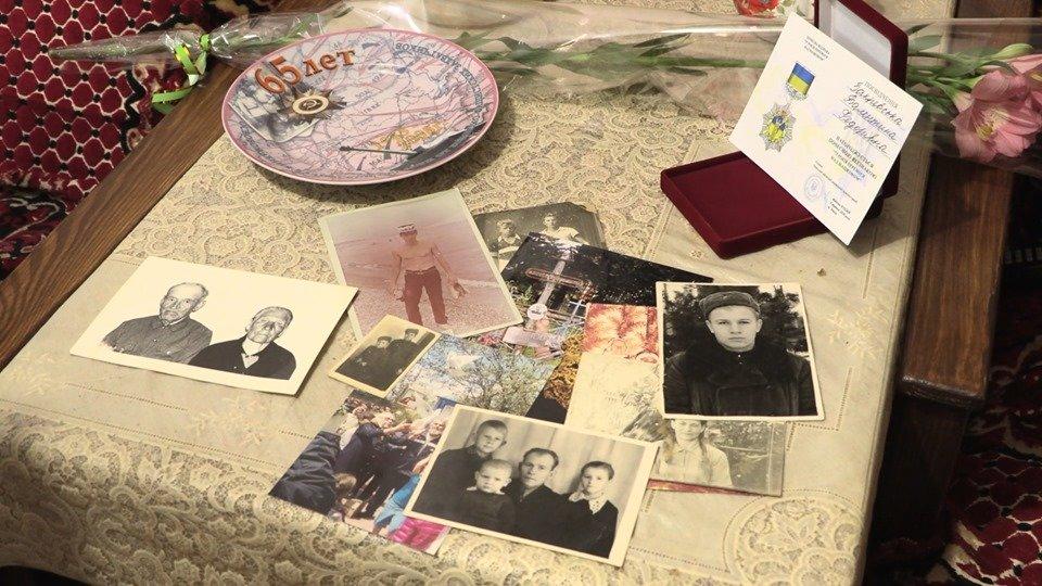 Ветераны Черноморска отмечены нагрудными знаками (видео), фото-4