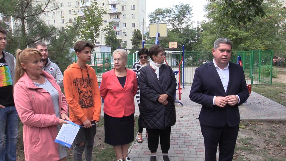 Усовершенствовать наш город: кандидаты в депутаты в Черноморске о планах на будущее (видео), фото-2