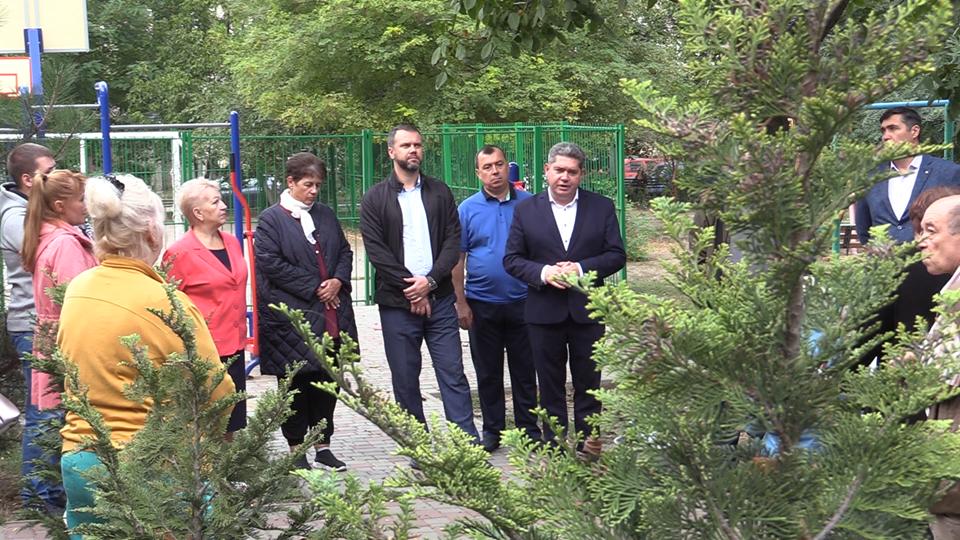 Усовершенствовать наш город: кандидаты в депутаты в Черноморске о планах на будущее (видео), фото-3