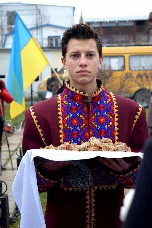 «Зажги свечу памяти»: по случаю годовщины голодомора в Черноморске пройдут траурные мероприятия, фото-3