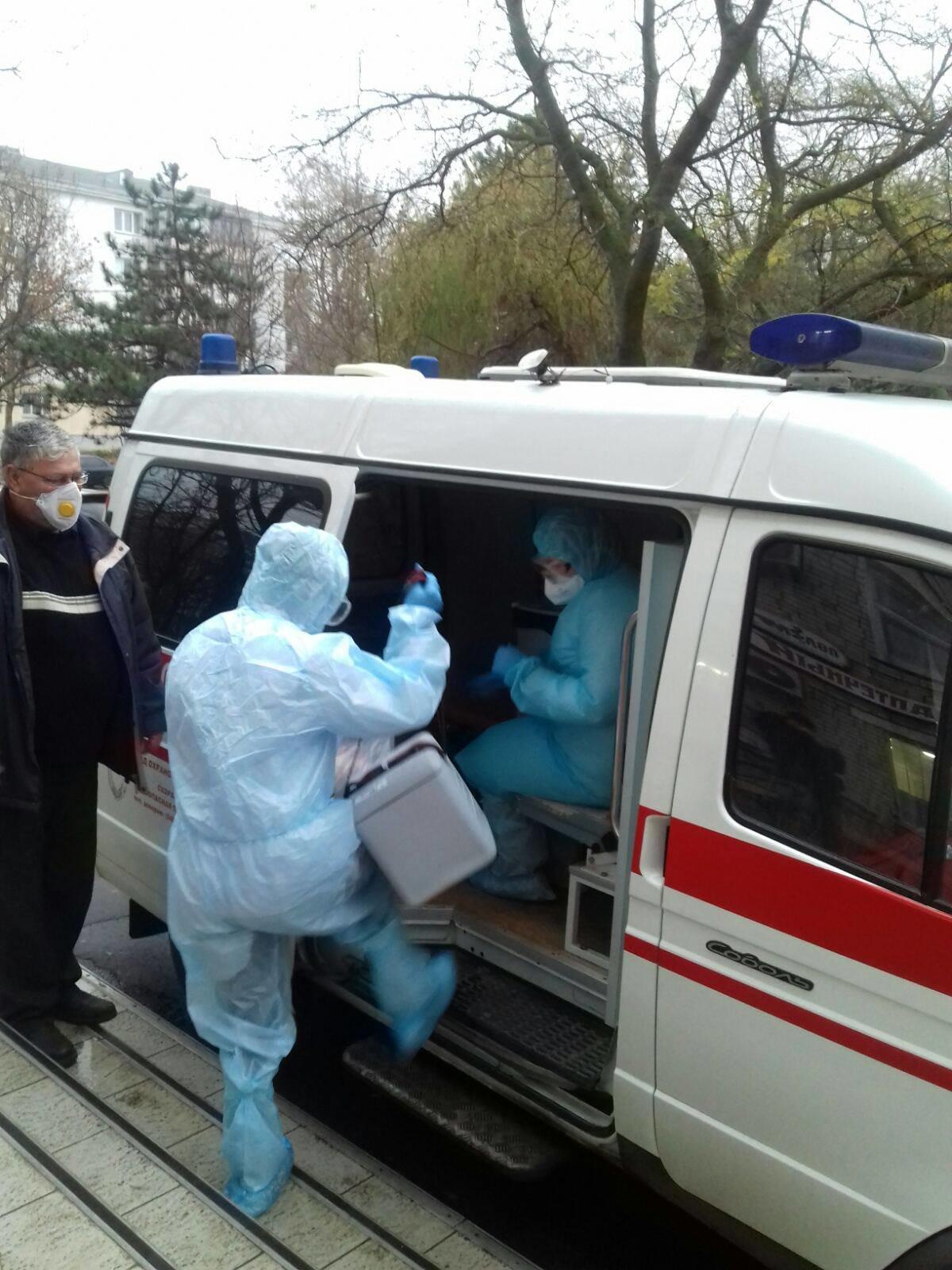 В Черноморске работают мобильные бригады для забора биоматериалов для ПЦР на коронавирус, фото-2