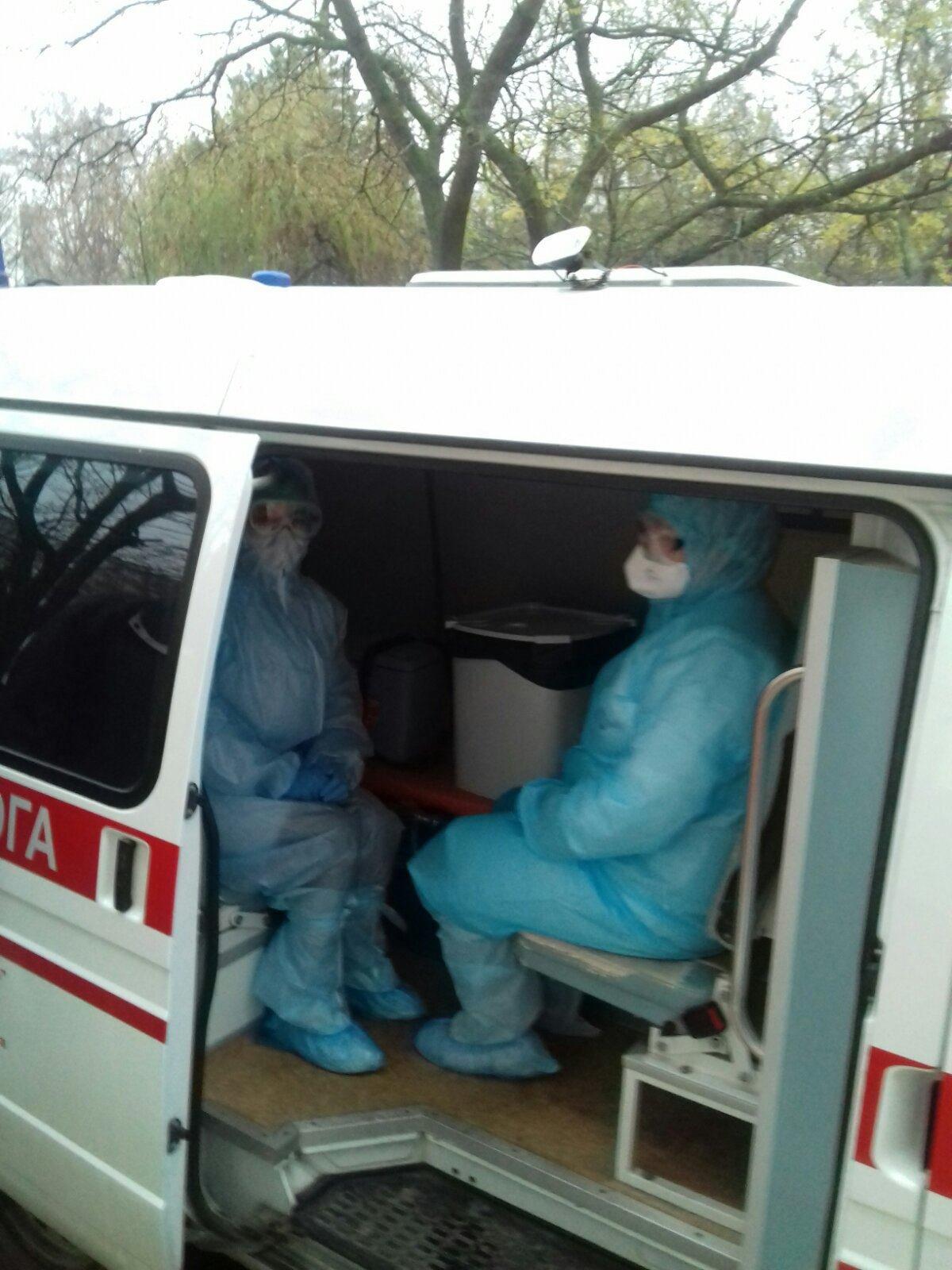 В Черноморске работают мобильные бригады для забора биоматериалов для ПЦР на коронавирус, фото-1