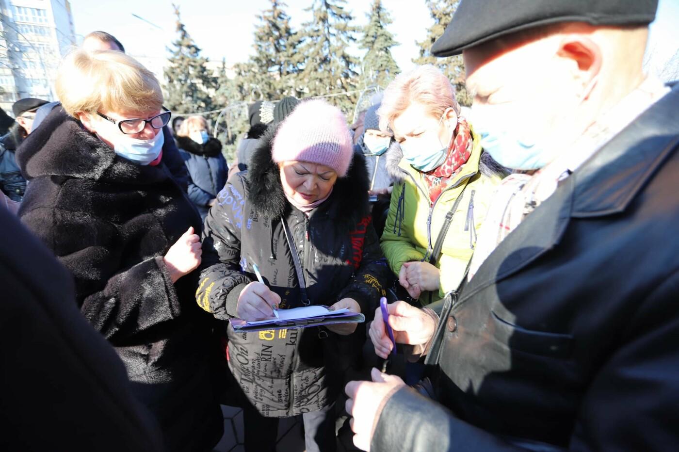 В Черноморске прошла акция протеста против повышения коммунальных тарифов, фото-3