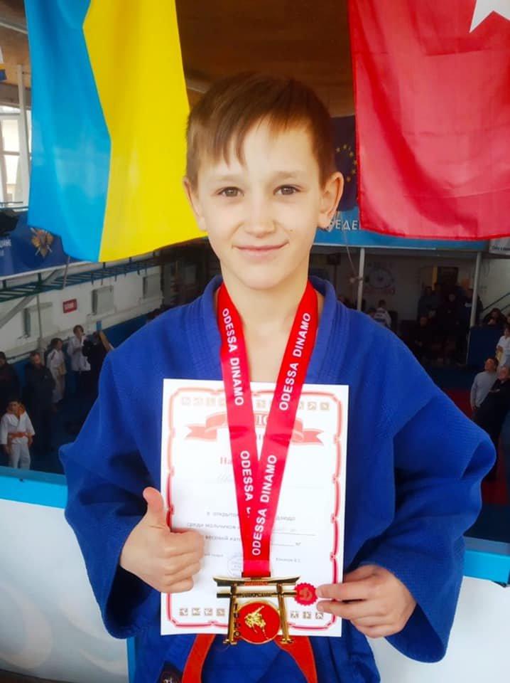 Юные дзюдоисты из Черноморска завоевали лидирующие позиции на турнире, фото-3