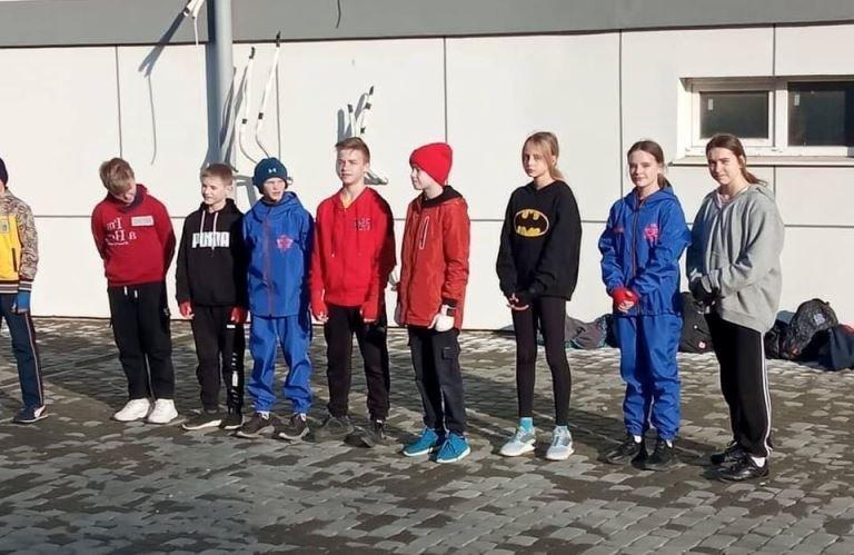Тренировки на свежем воздухе: спортсмены Черноморска борются с коронавирусом, фото-5