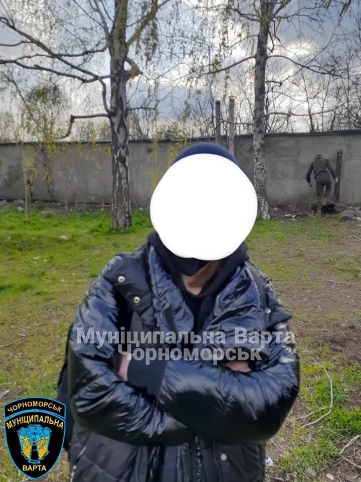 В Черноморске «на горячем» задержали закладчиков, фото-3