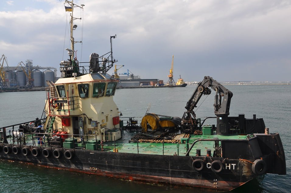 «АМПУ» провело водолазную очистку морского дна на месте аварии танкера «DELFI», фото-2