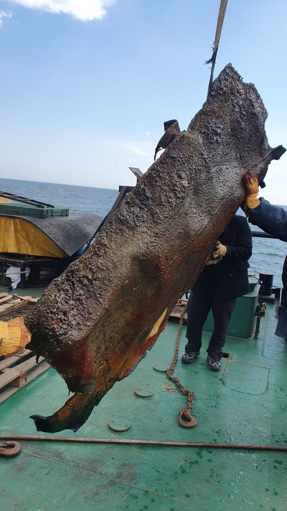 «АМПУ» провело водолазную очистку морского дна на месте аварии танкера «DELFI», фото-1
