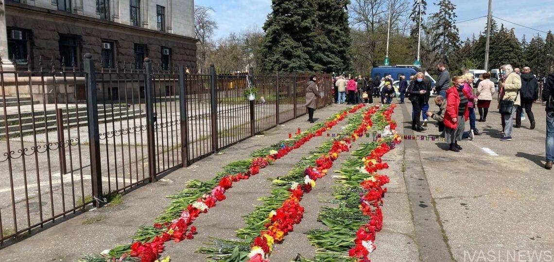 Седьмая годовщина трагедии в Доме профсоюзов в Одессе прошло спокойно, фото-3