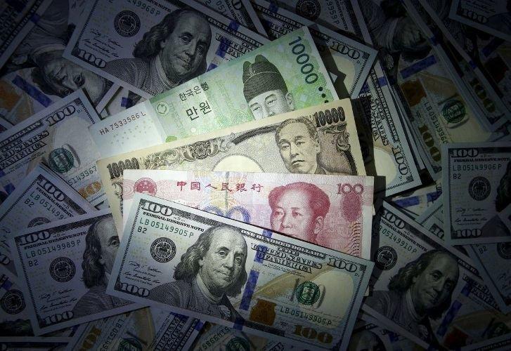 В НБУ назвали сроки погашения большинства выкупленных иностранцами гособлигаций